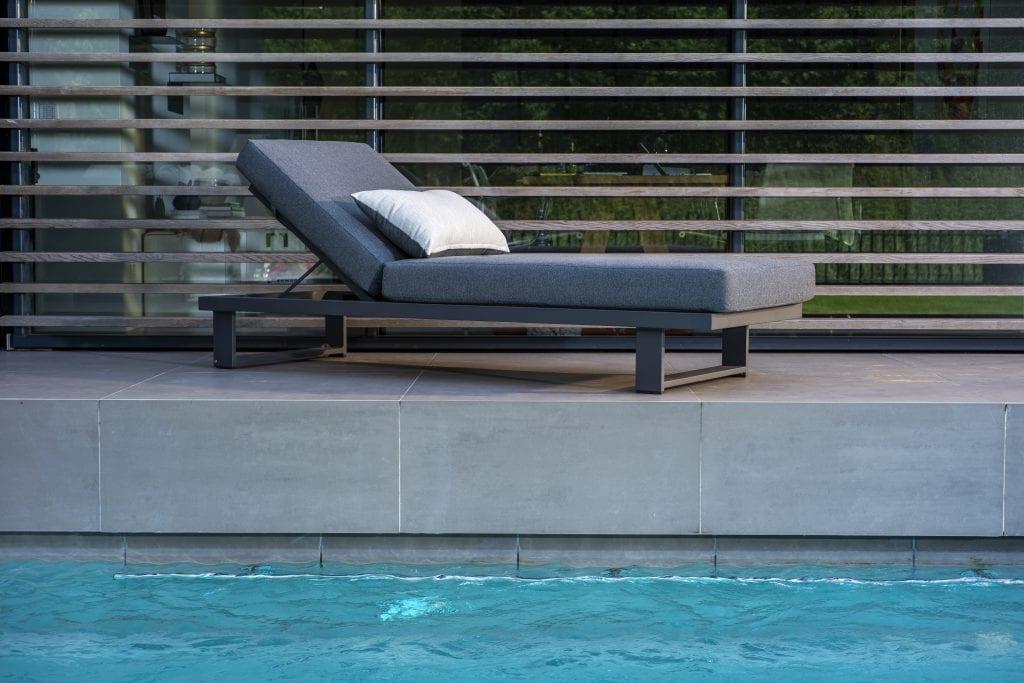 Kazoku Lounger  | Yoi Furniture